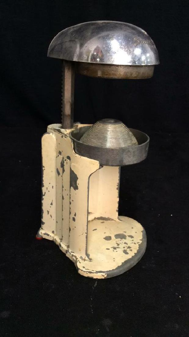 iVintage Metal Juice O Mat Juicer - 11
