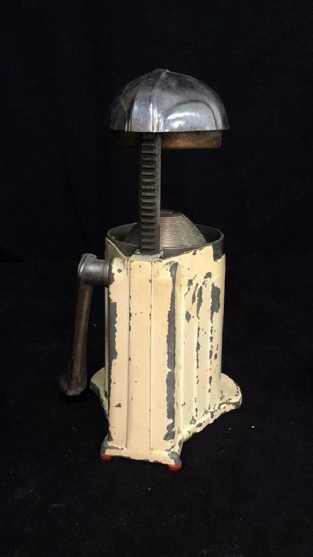 iVintage Metal Juice O Mat Juicer - 8