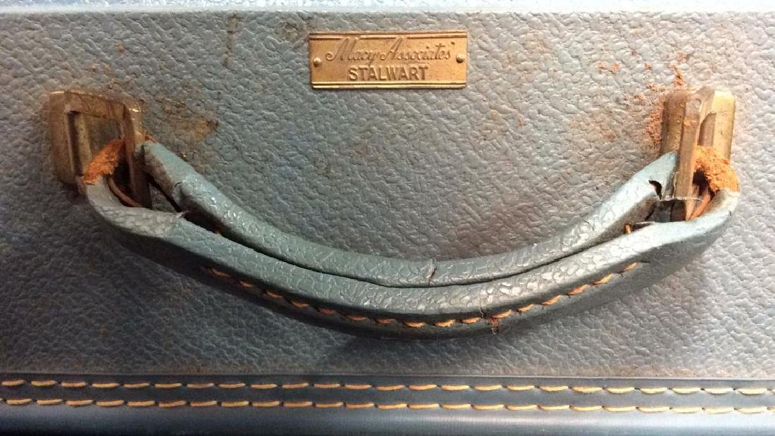 MACY ASSOCIATES STALWART Vintage Suitcase - 8