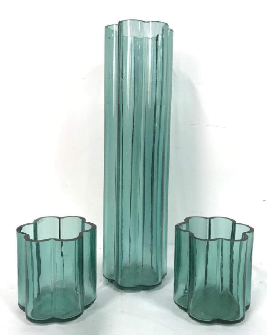Set Of 3 Vintage Art Glass Vases