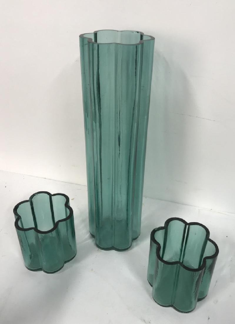 Set Of 3 Vintage Art Glass Vases - 2