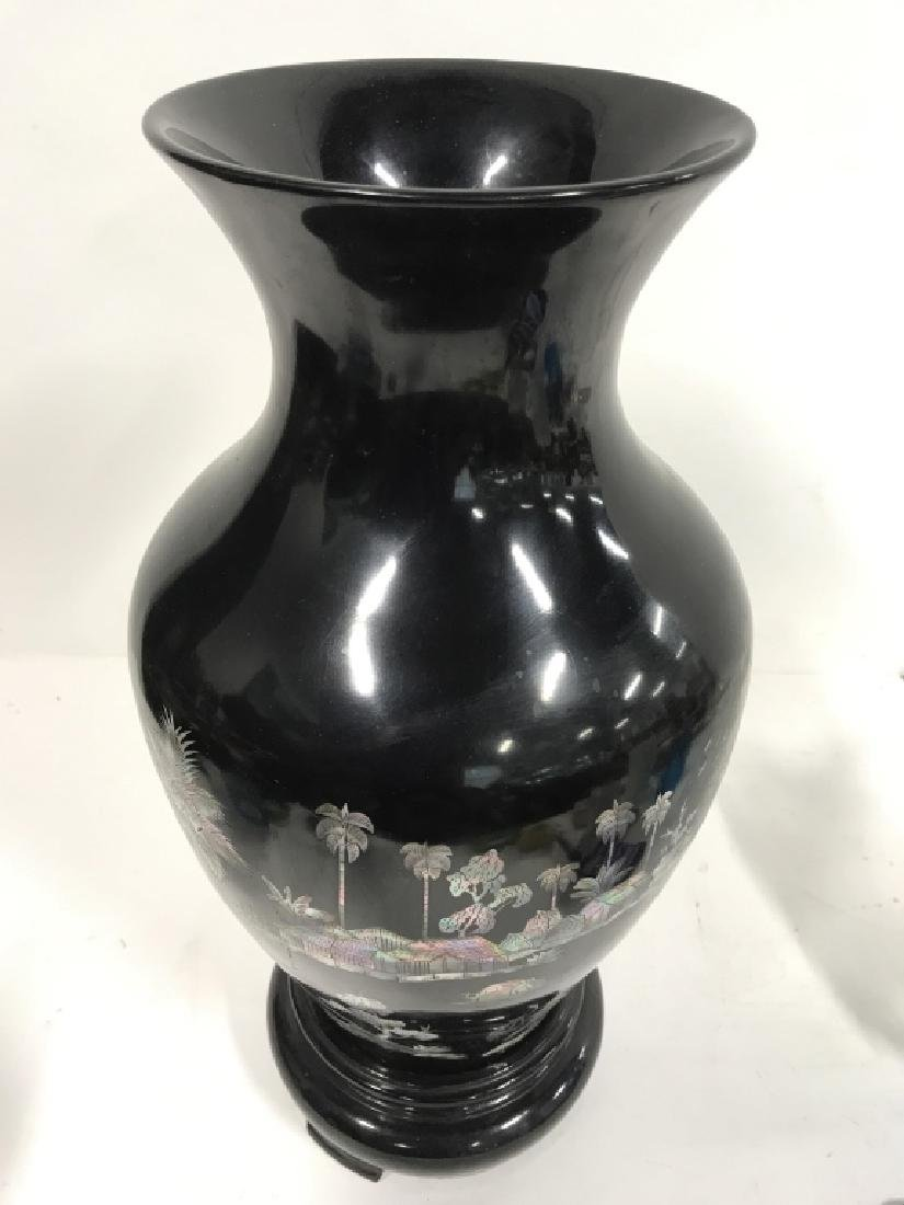 Black Toned Oriental Lacquerware Vase - 3