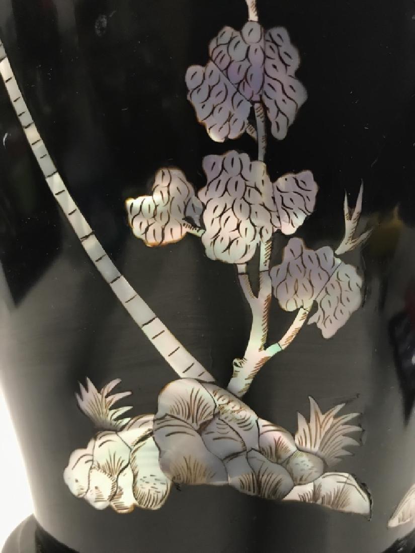 Black Toned Oriental Lacquerware Vase - 7
