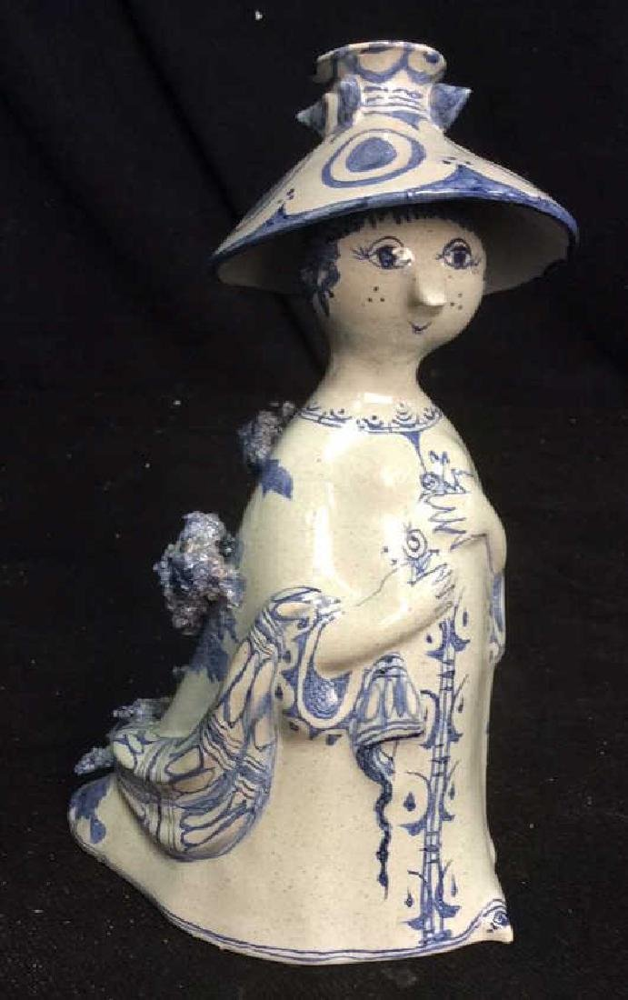 DANMARK signed Ceramic Hand Crafted Figue