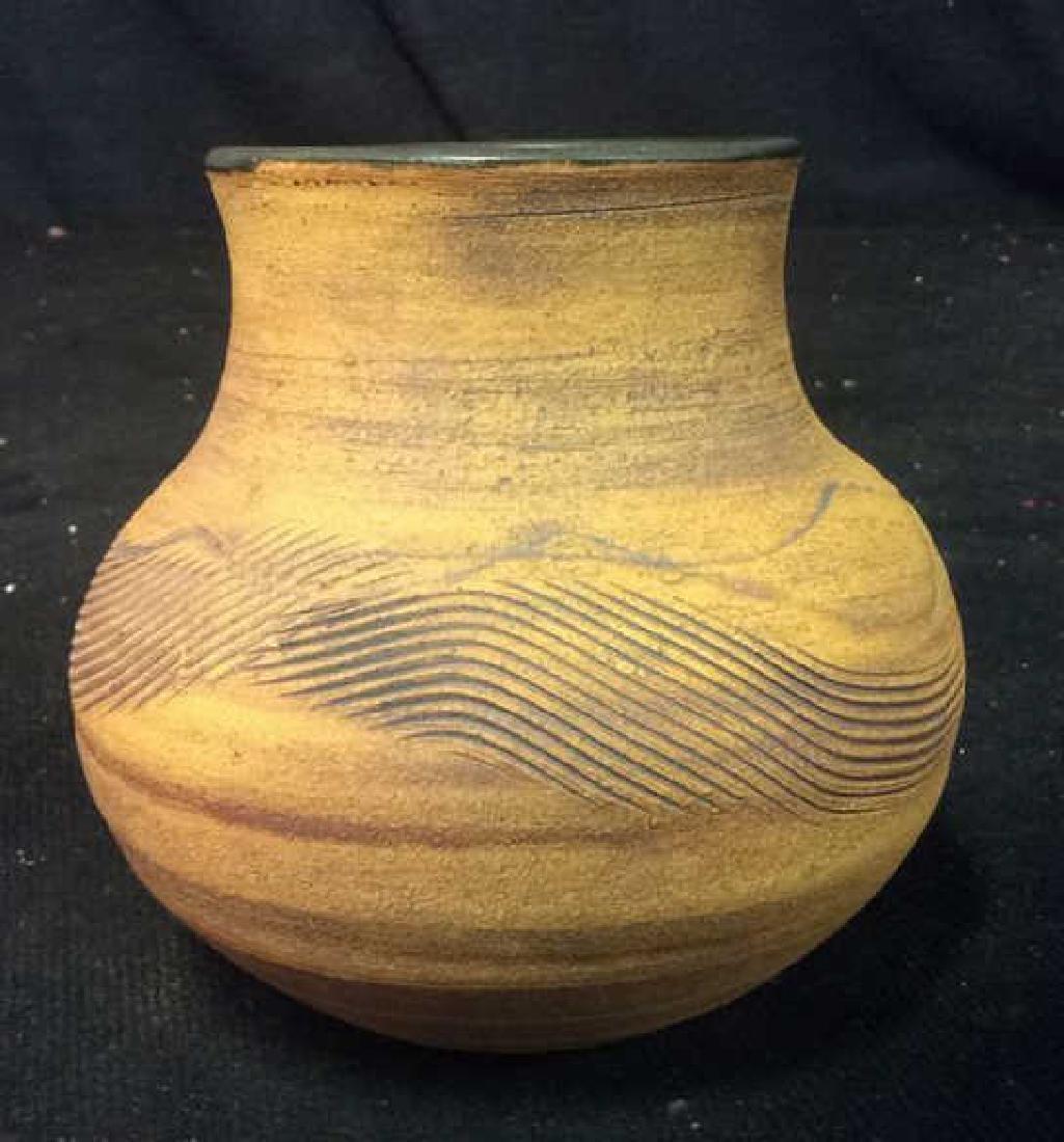 Chilmark Signed Pottery Vase vessel