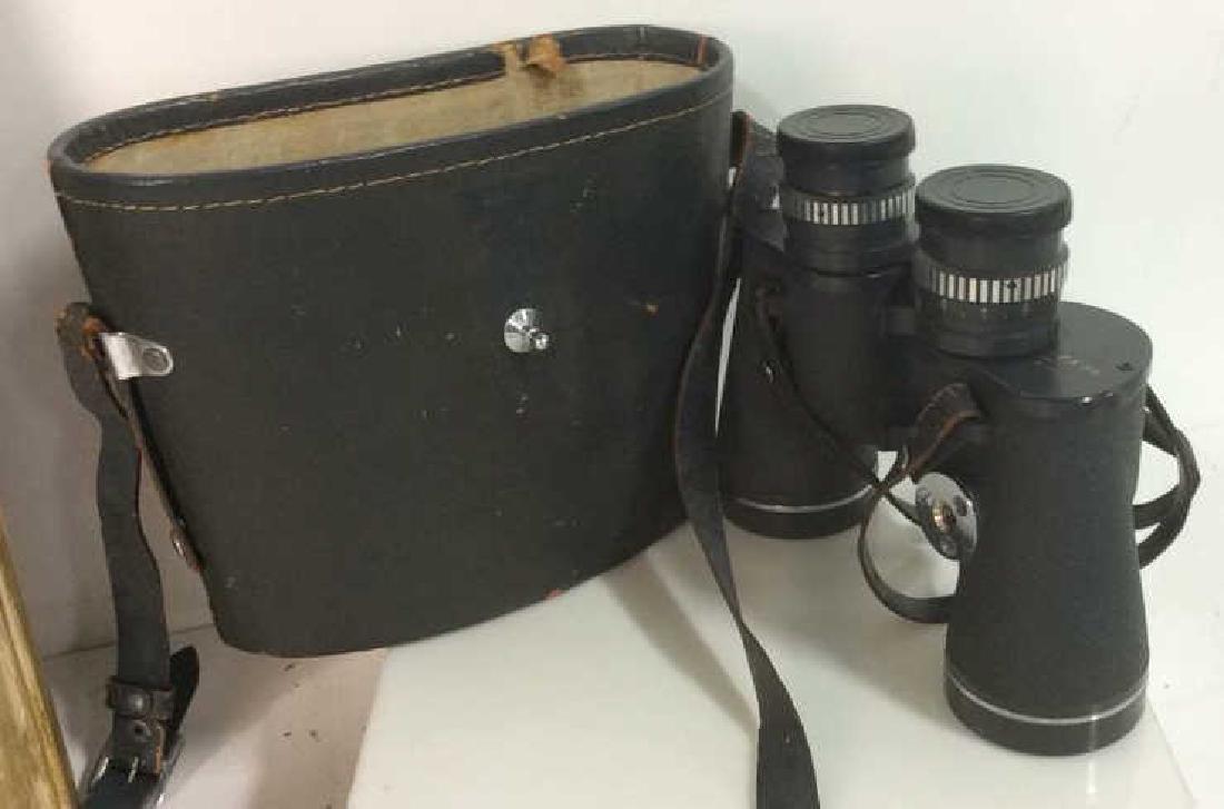 Vintage Feather Weight Binoculars w Case