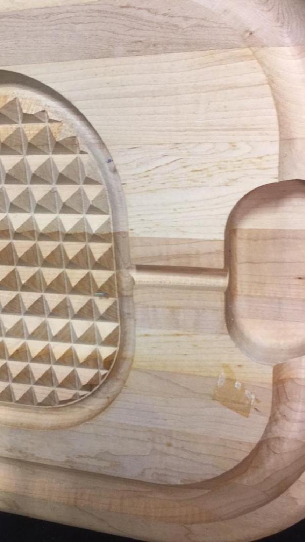 ANGUS Wood Textured Cutting Board - 6