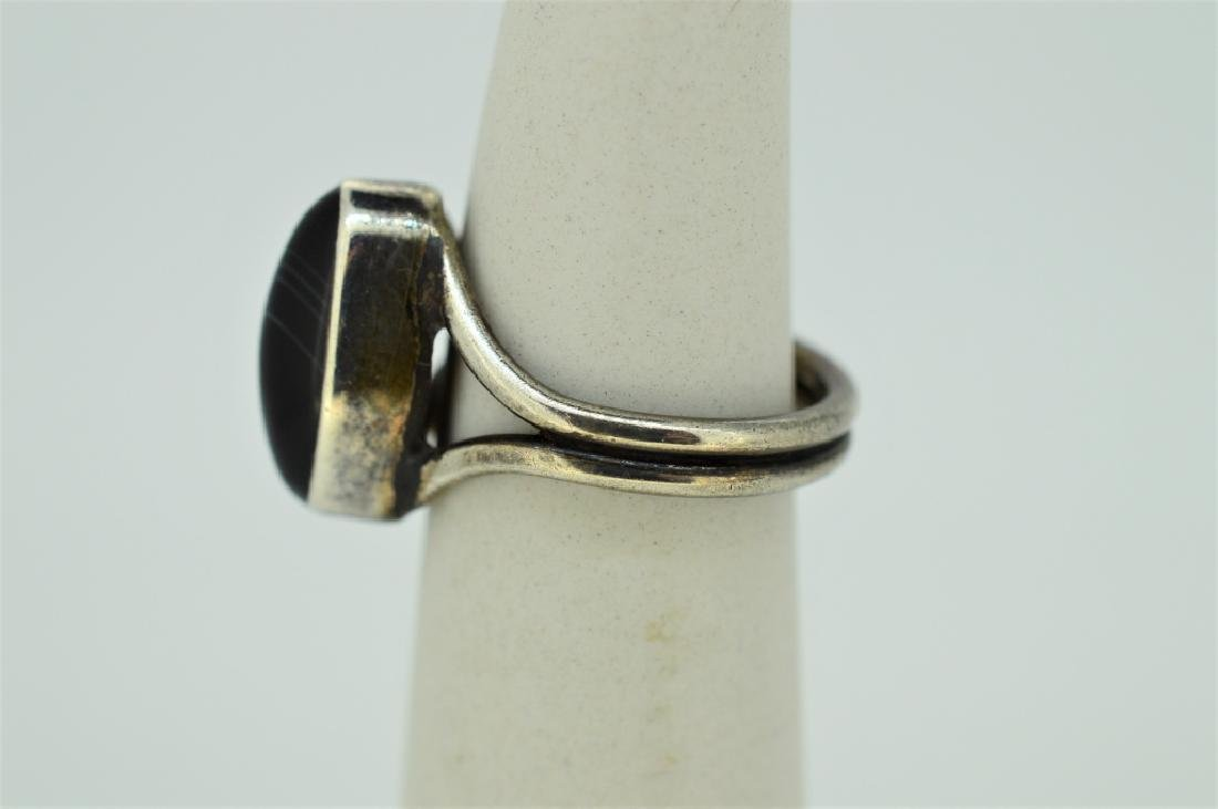 Sterling Silver & Onyx Ring - Size 5 - 3