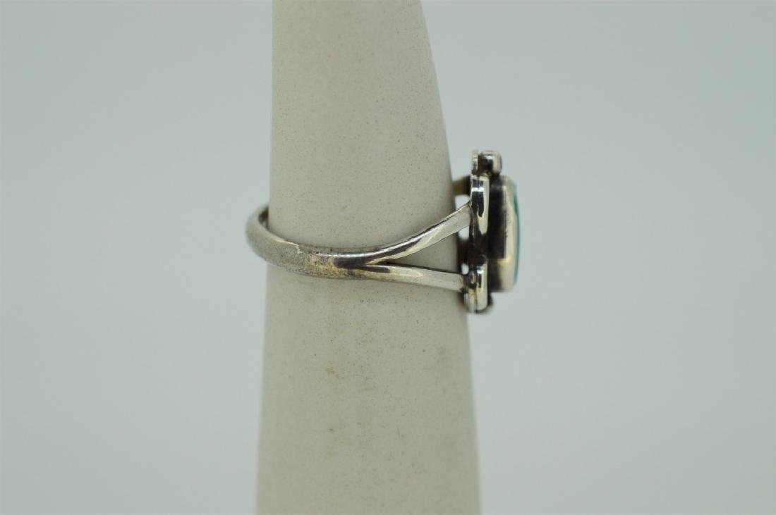 Sterling Silver & Turquoise Ring - Size 4 3/4 - 2