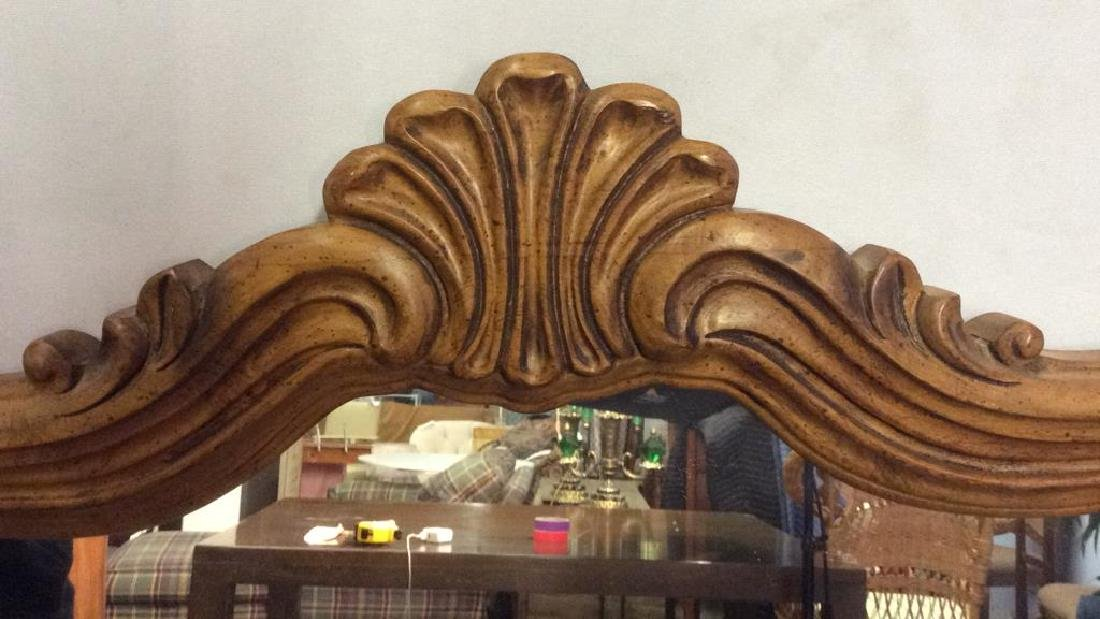 DREXEL HERITAGE GRAND TOUR Carved Wooden Mirror