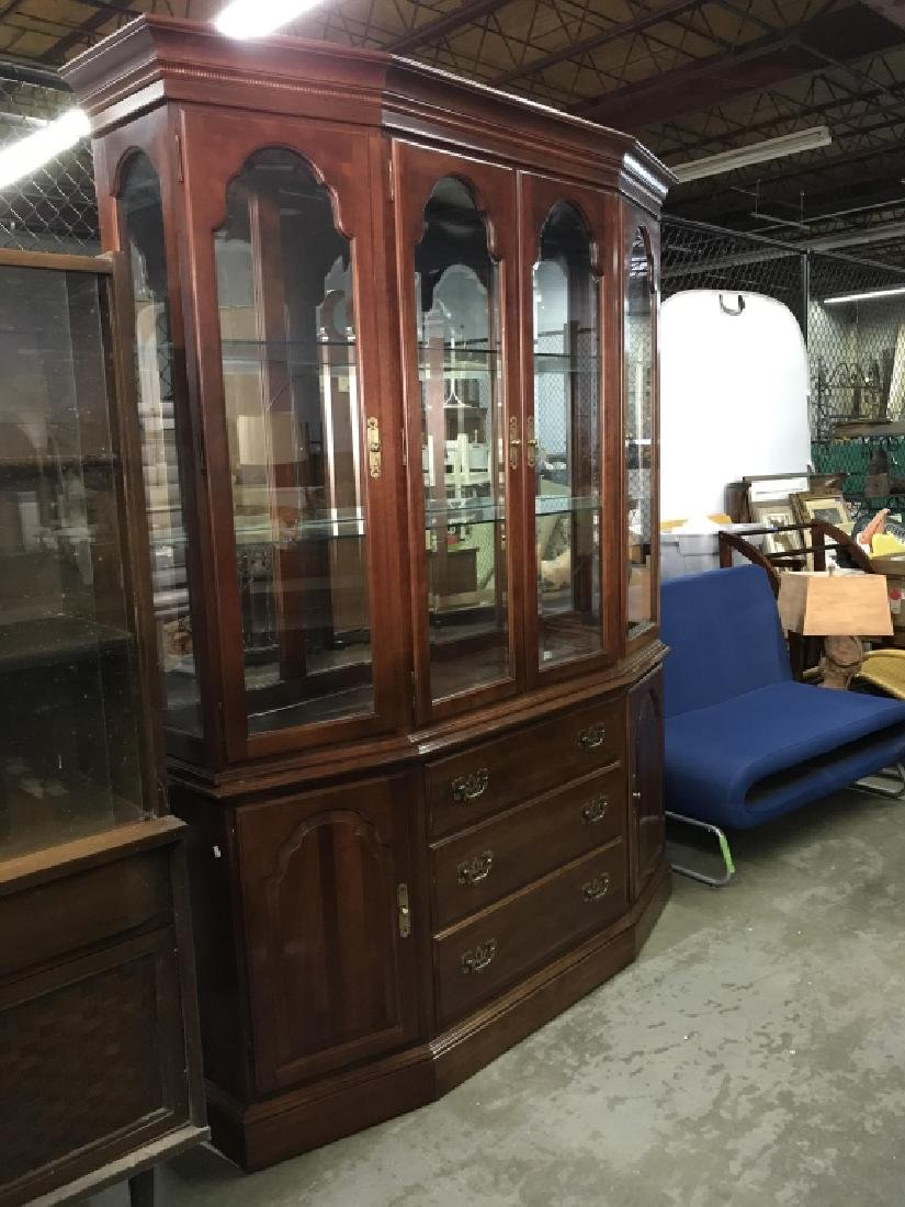 ETHAN ALLEN Carved Wooden China Cabinet - 2