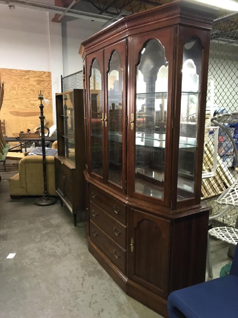 ETHAN ALLEN Carved Wooden China Cabinet - 3