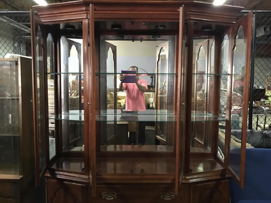 ETHAN ALLEN Carved Wooden China Cabinet - 4