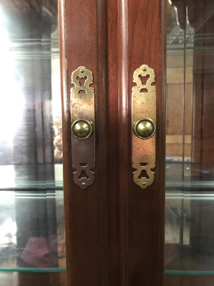 ETHAN ALLEN Carved Wooden China Cabinet - 7