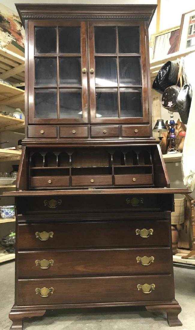 PENNSYLVANIA HOUSE Mahogany Secretary Desk