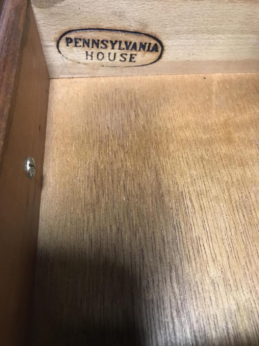 PENNSYLVANIA HOUSE Mahogany Secretary Desk - 4