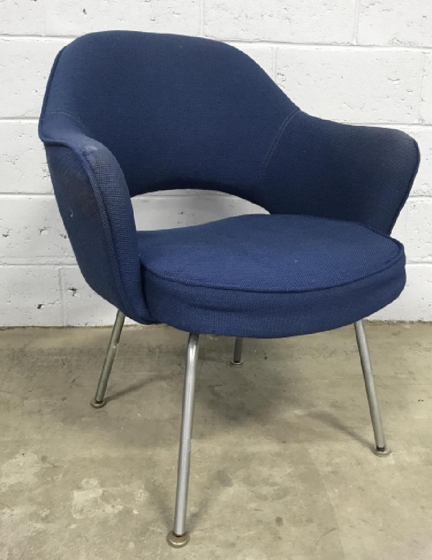 Saarinen Mid Century Modern Arm Chair