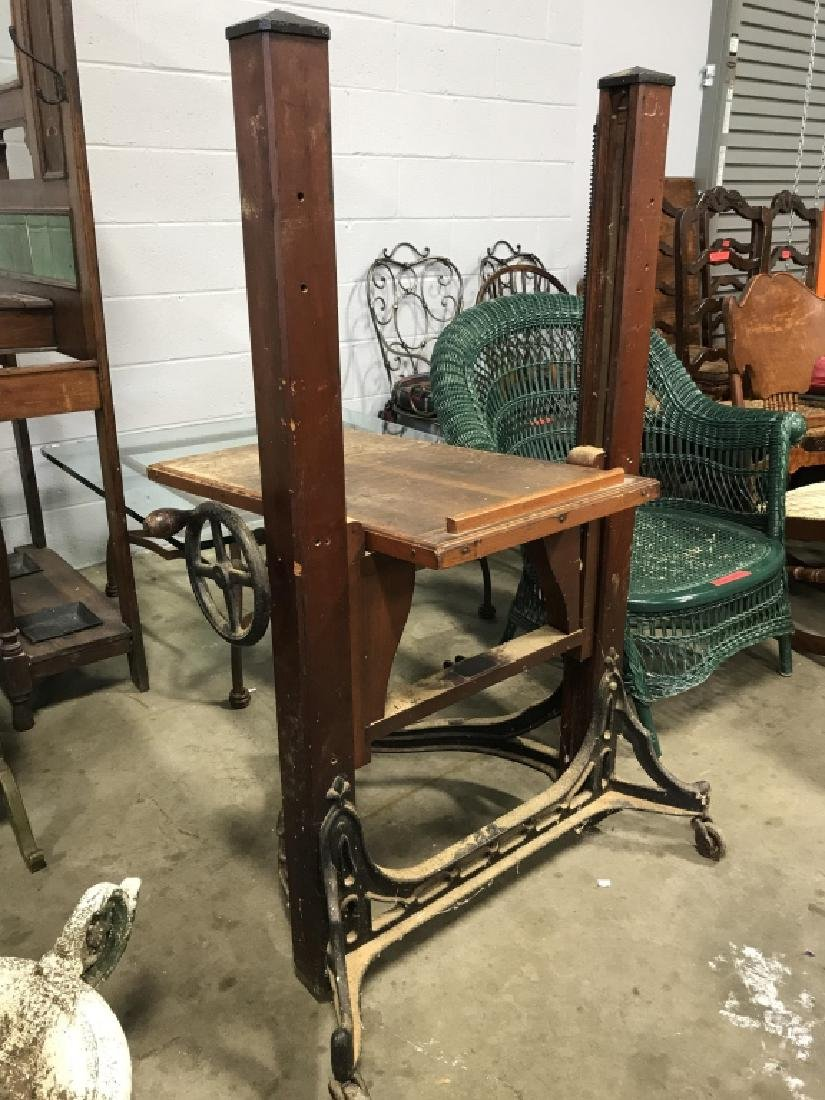 CENTURY Wooden Adjustable Crank Table Stand - 6