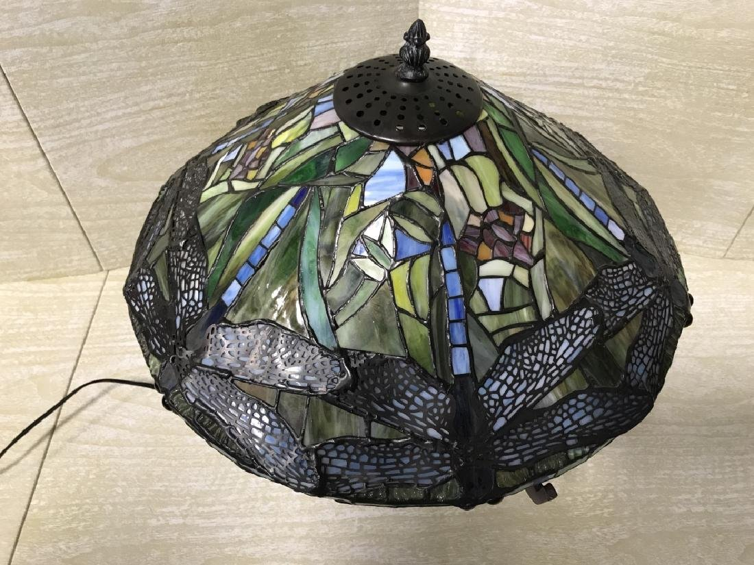 Intricately Detailed Stained Glass Tiffany StyLamp - 2