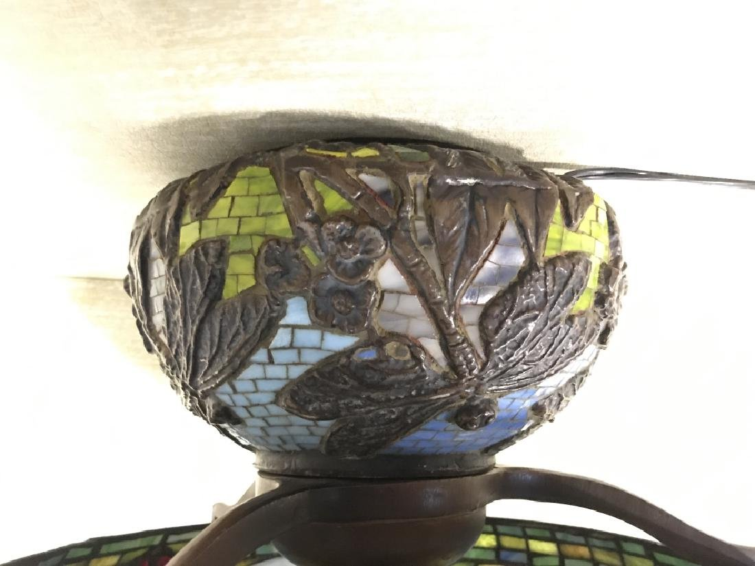 Intricately Detailed Stained Glass Tiffany StyLamp - 5