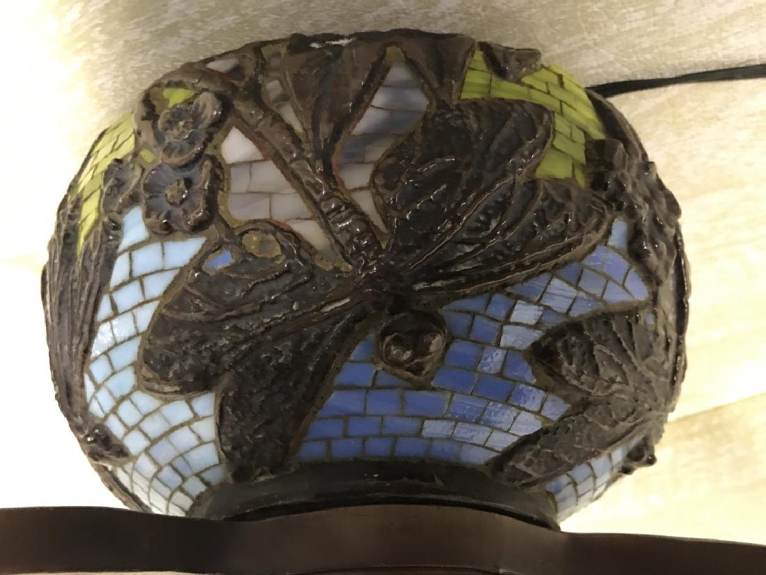 Intricately Detailed Stained Glass Tiffany StyLamp - 8