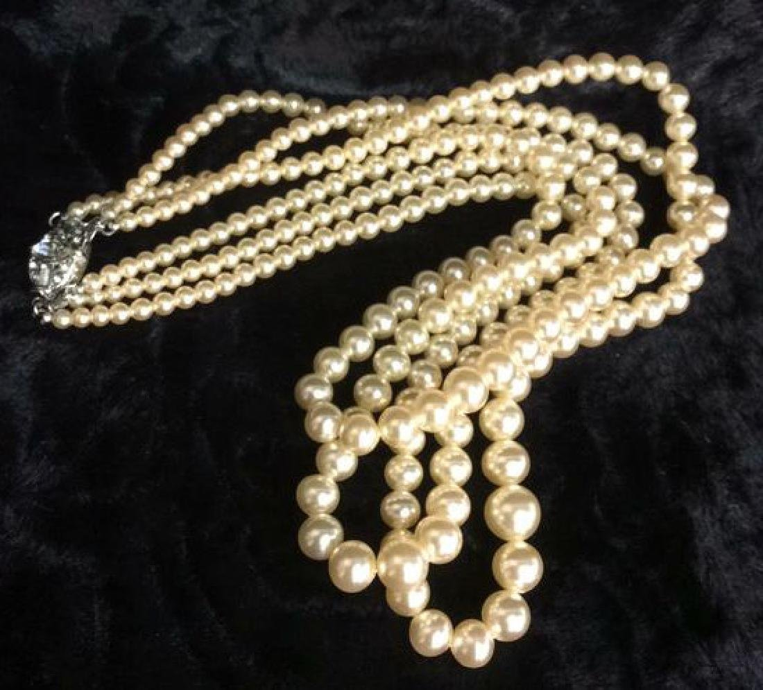 TRIFARI Pearl and Sterling Necklace.