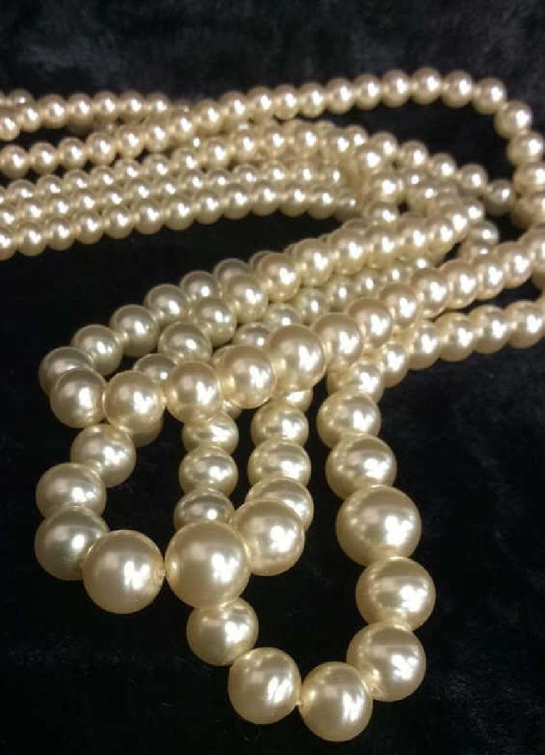 TRIFARI Pearl and Sterling Necklace. - 2
