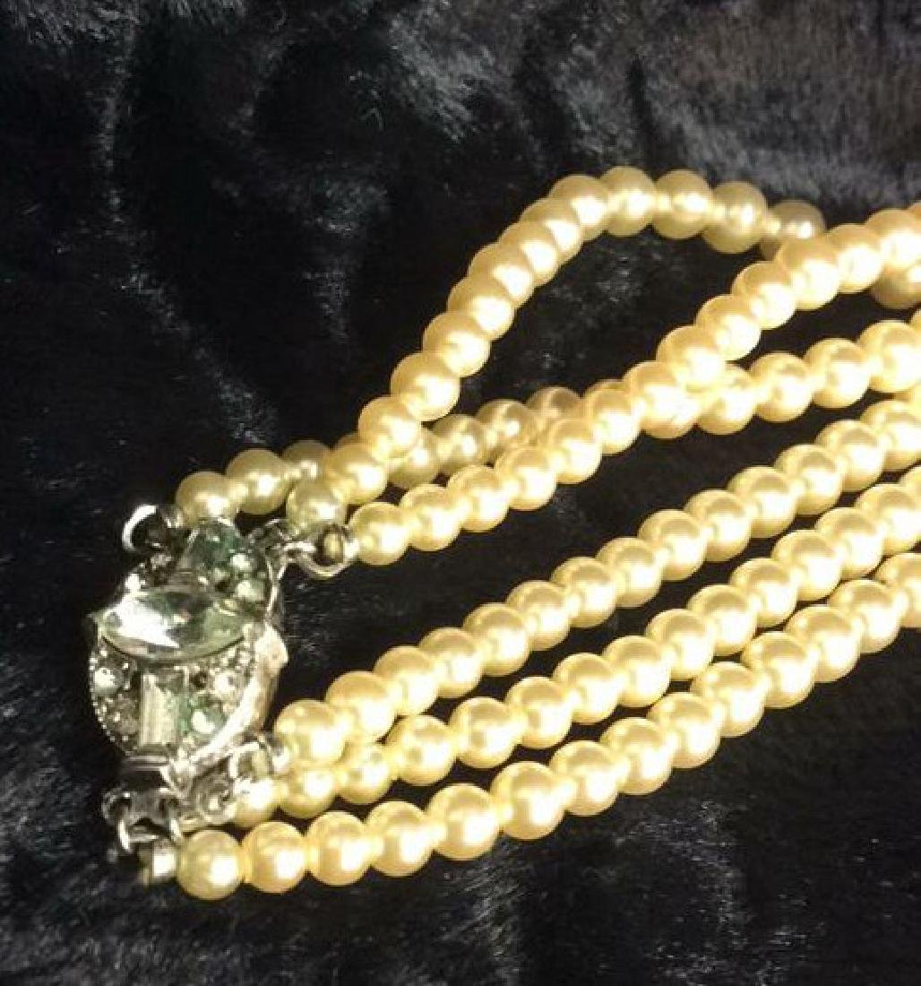 TRIFARI Pearl and Sterling Necklace. - 3