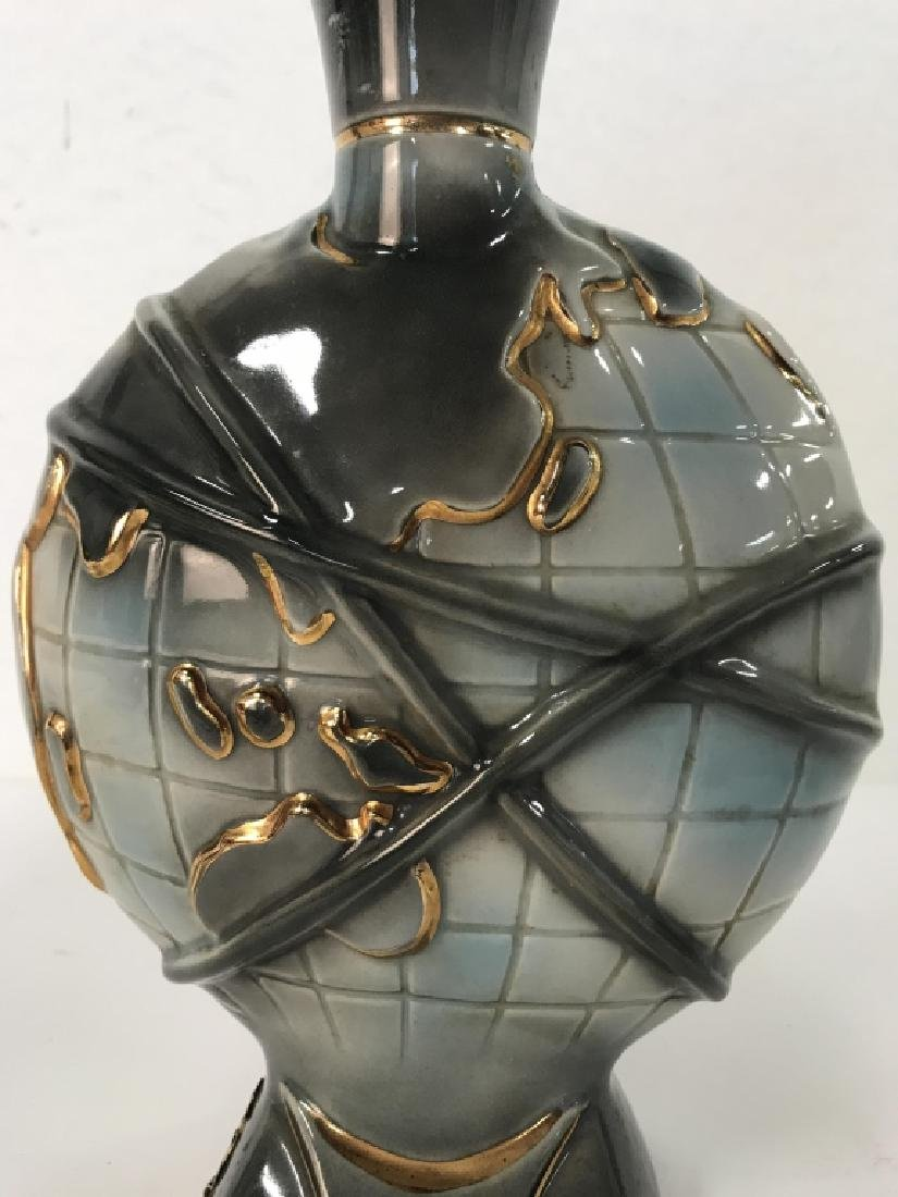 JAMES B BEAM Handcrafted REGAL CHINA Decanter - 4