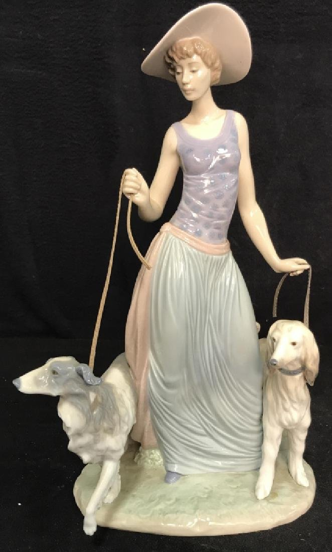 Porcelain LLADRO Lady With Dogs