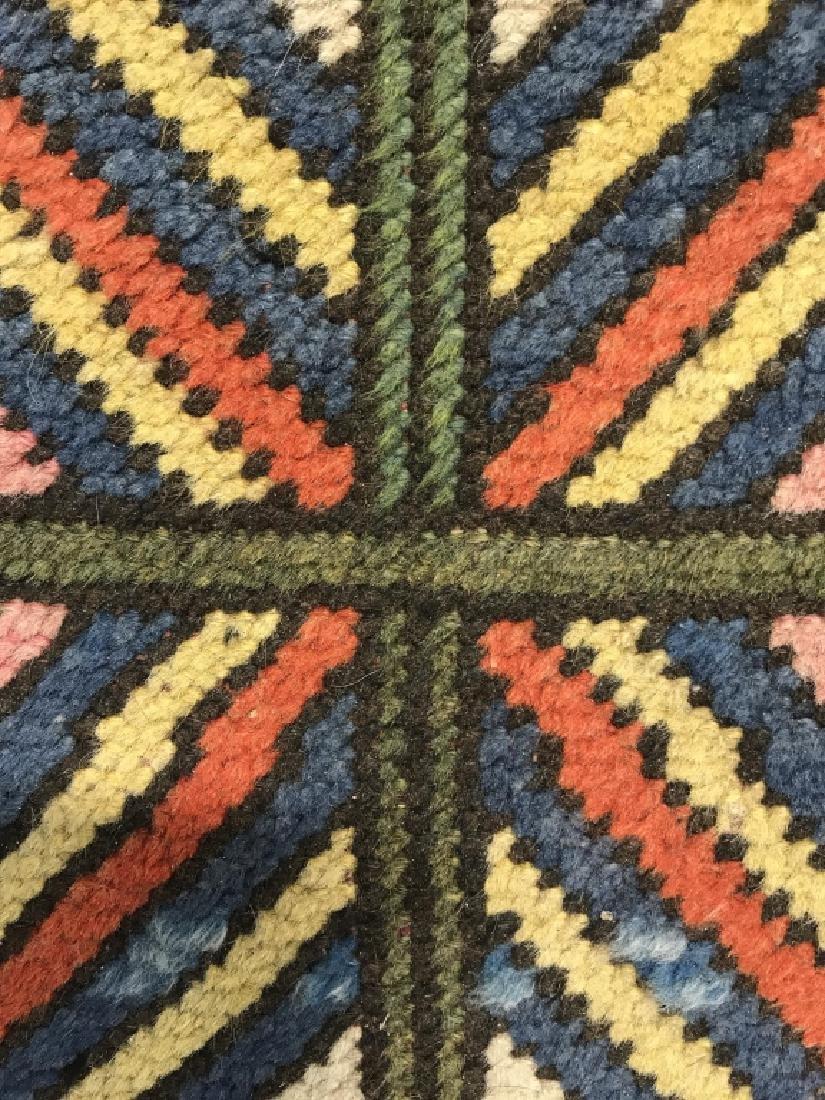 Vintage Handmade Fringed Oriental Rug - 7
