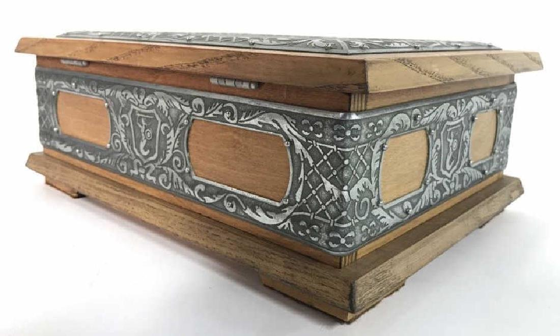 W STOSIO Oak & Silver Toned Decorated Poland Box - 8