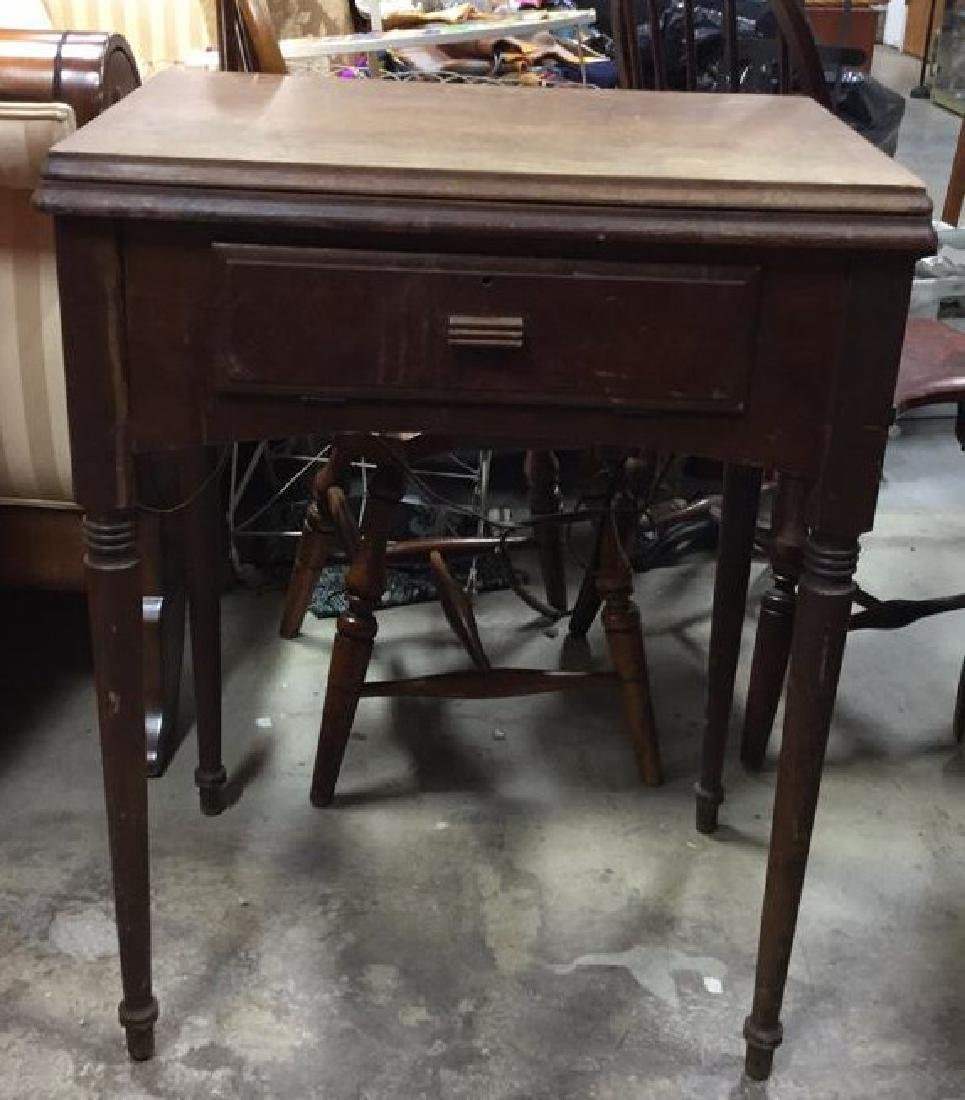 Antique SINGER  Iron  Sewing Machine and Table - 3