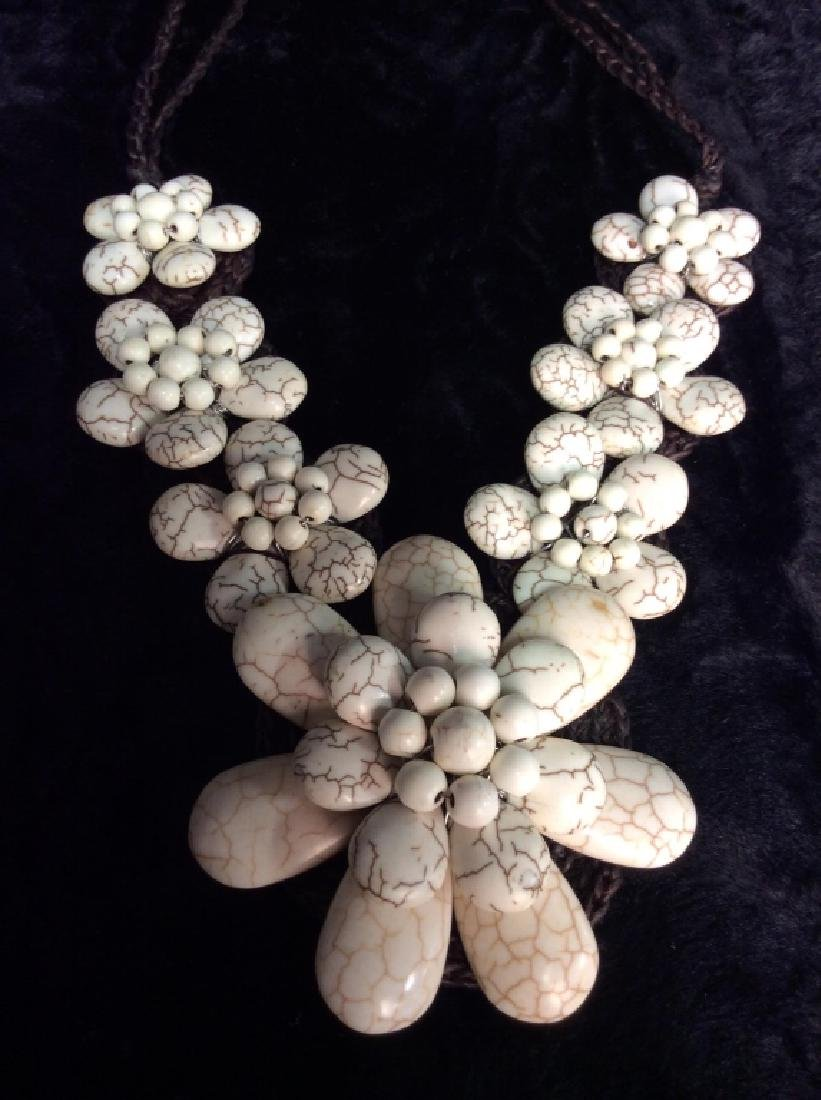 African Necklace W Magnesite Beaded Design