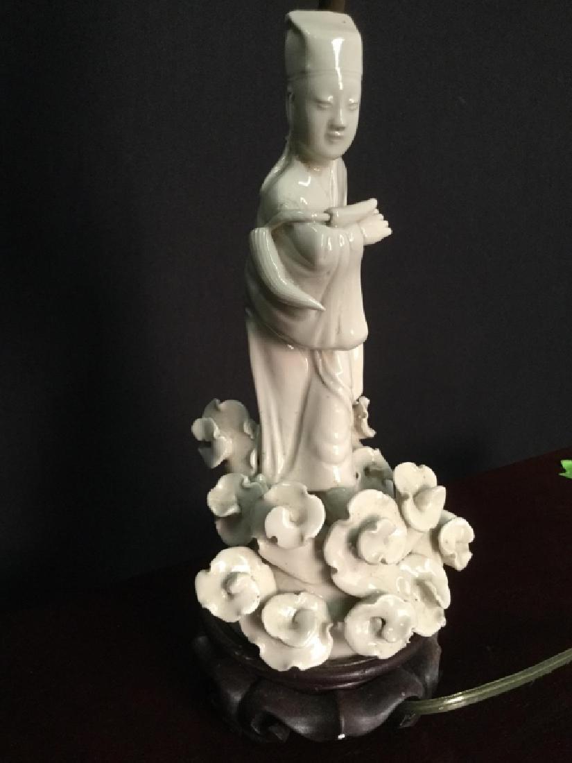 Pair VIntage Asian Porcelain Lamps - 2
