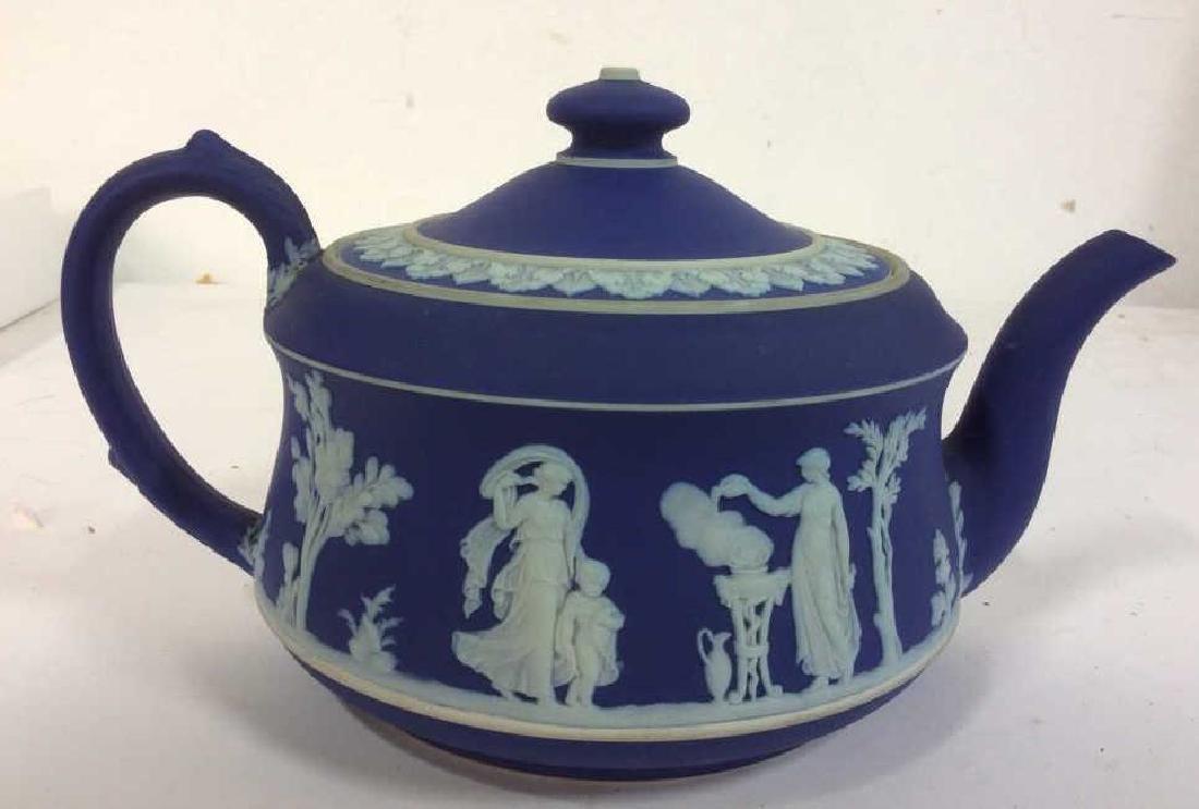 WEDGEWOOD Indigo Tone Tea Pot w Lid