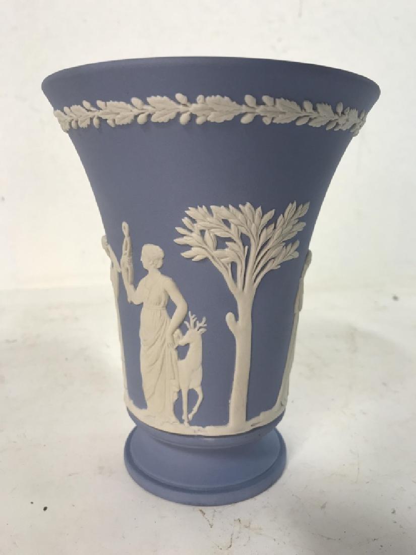Light Blue Toned Footed WEDGWOOD Vase - 3
