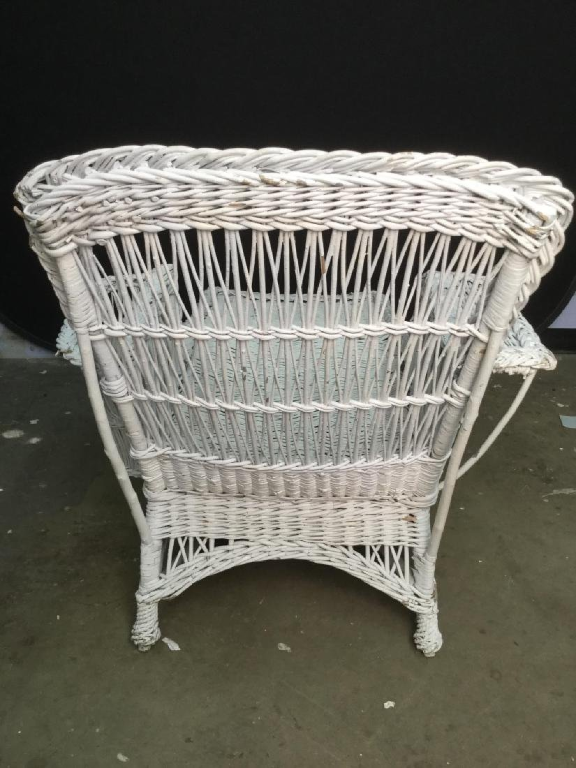 Vintage White Wicker Lounge Chair - 7