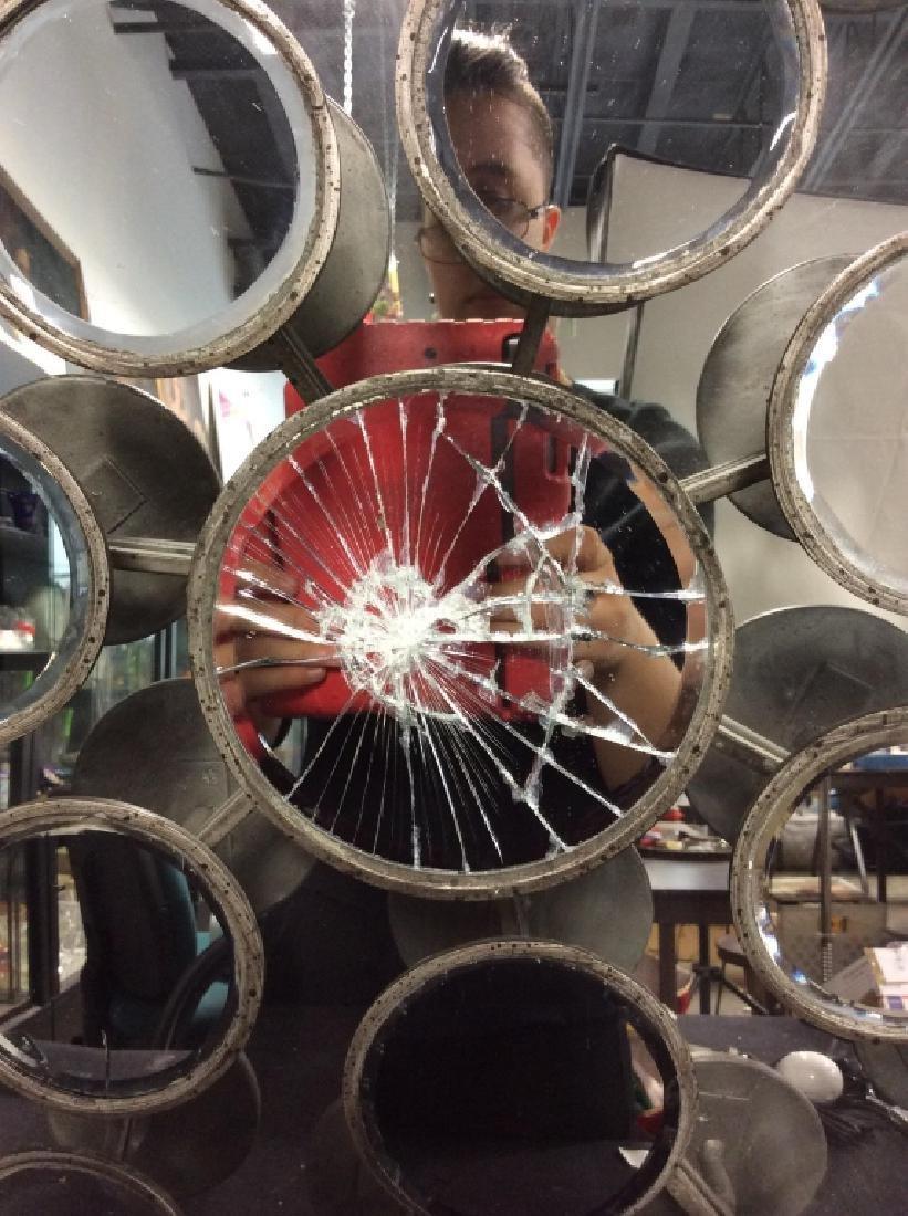 TOZAI Unique Round Metal Mirror - 2
