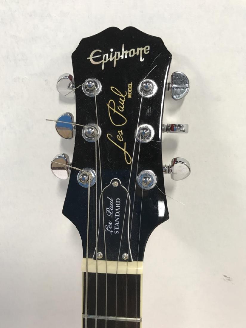 Les Paul Standard Guitar In Cherry Sunburst - 3