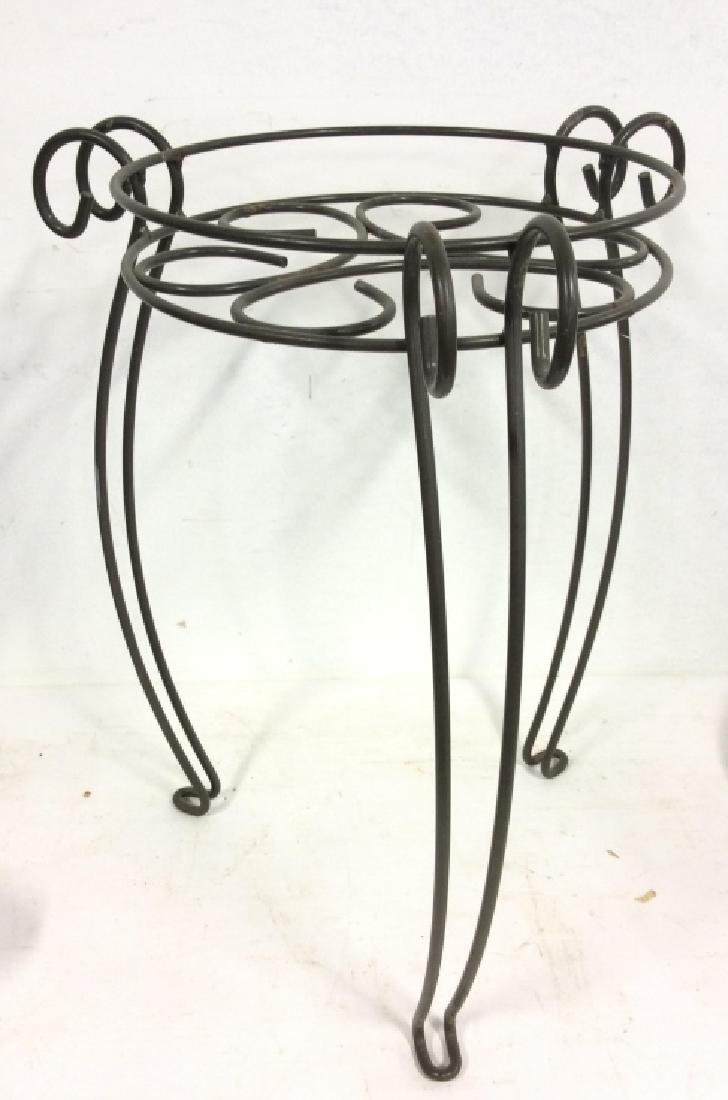 Curling Metal Plant Stand