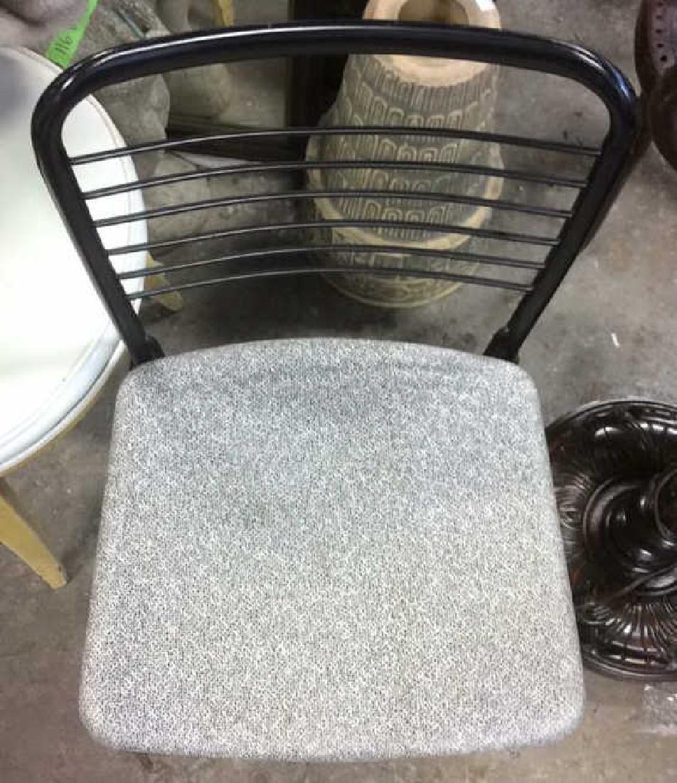 Lot 2 Metal Black Frame Chairs - 2