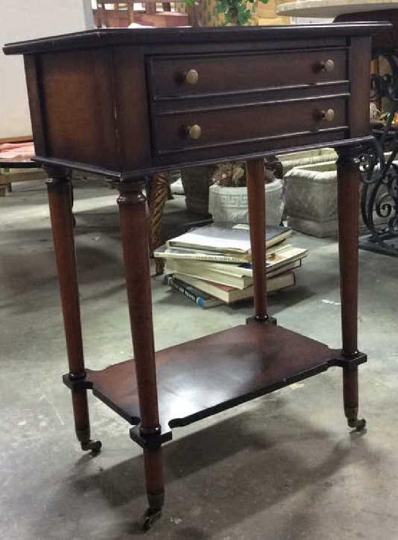 THE BOMBAY COMPANY Side Table On Casters - 2