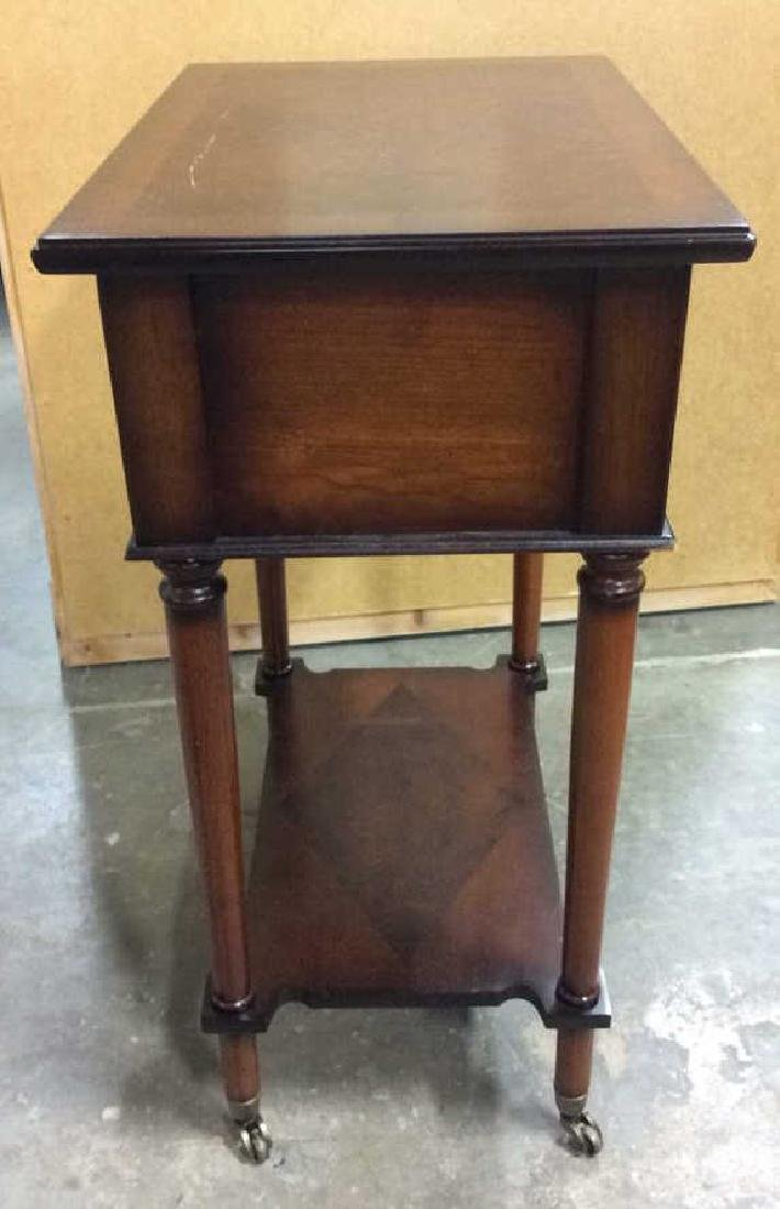 THE BOMBAY COMPANY Side Table On Casters - 5