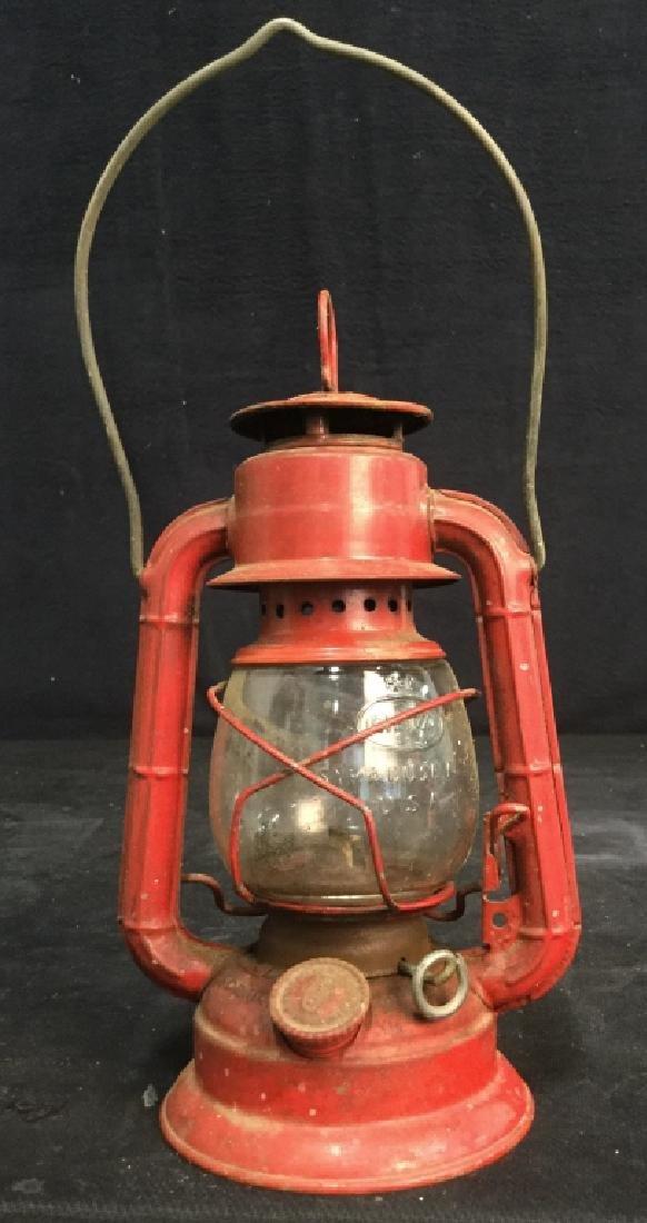 Vintage Dietz Red Metal And Glass Lantern - 2