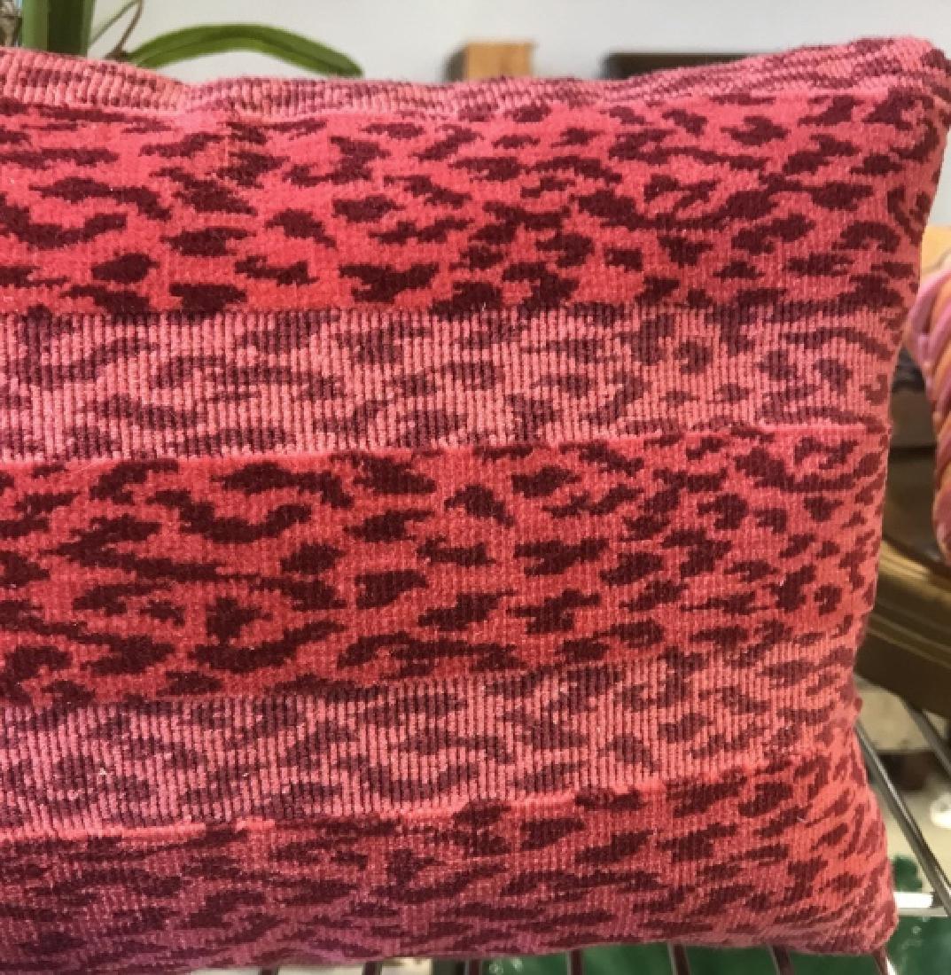 Pink Leopard Print Throw Pillow Dec