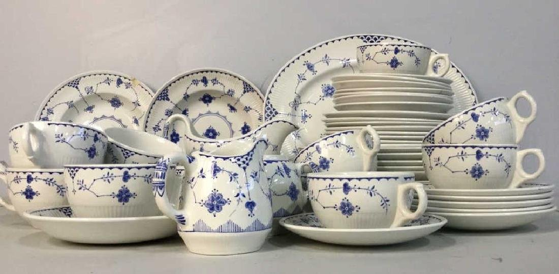 'Denmark' Patterned Partial Dinner Service - 2