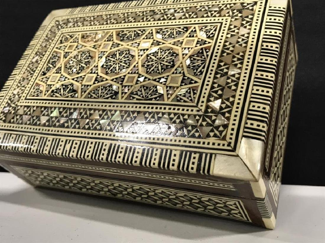 Middle Eastern Mosaic Box W Mother of Pearl - 10