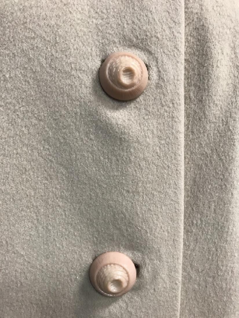 Vintage Ladies Wool Coat With Fur Collar - 3