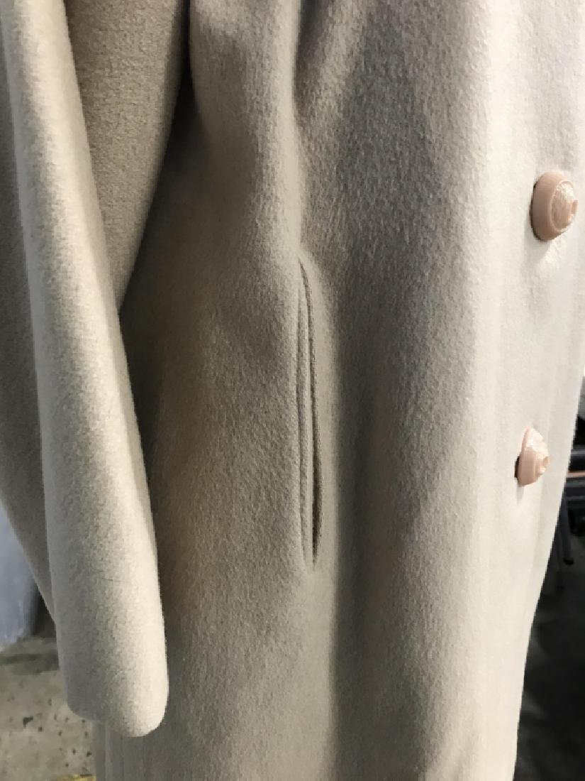 Vintage Ladies Wool Coat With Fur Collar - 4